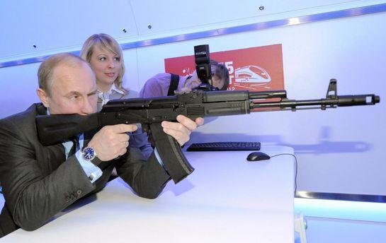Путин  тестирует новый АК