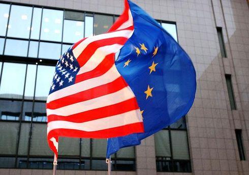 Прапори США і ЄС