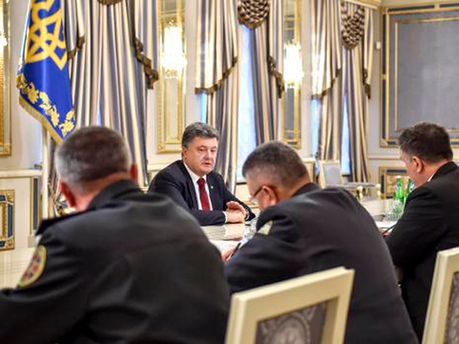 Петро Порошенко і силовики