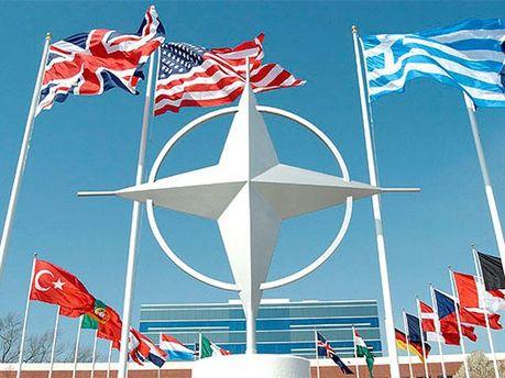 Символіка НАТО