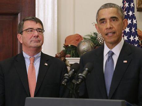 Ештон Картер та Барак Обама