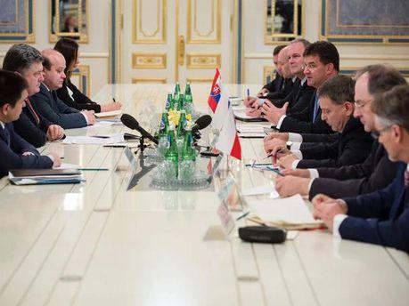 Делегации Украины и Вышеградской четверки