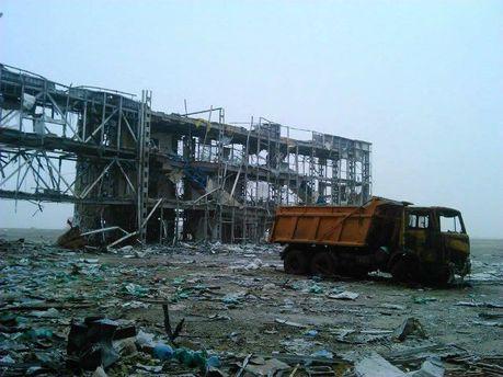 """""""Кіборги"""" показали, як сьогодні виглядає донецький аеропорт (Фото)"""