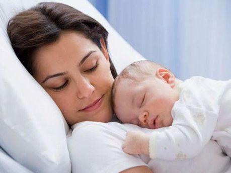 Допомогу при народженні дитини не зменшать