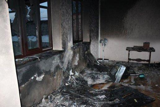Разрушенные дома родственников повстанцев