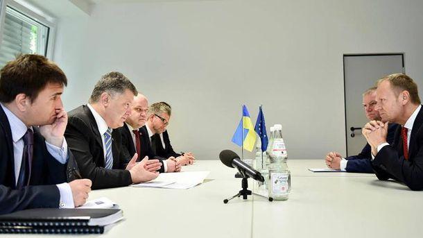 Зустріч Дональда туска з українською делегацією на чолі з Петром Порошенком