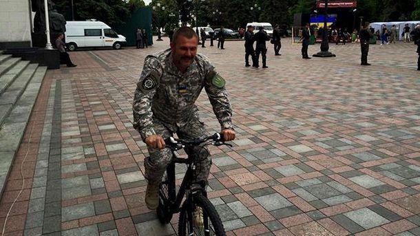 Юрий Береза на велосипеде