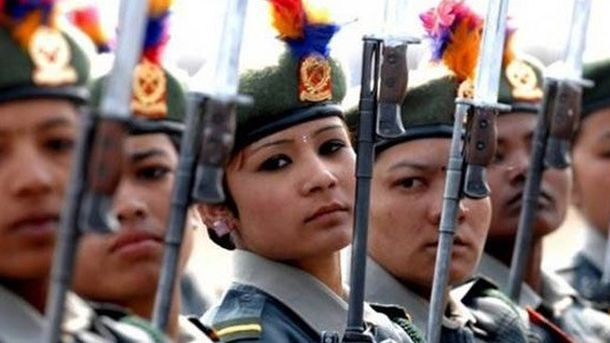 Женщины из армии Индонезии