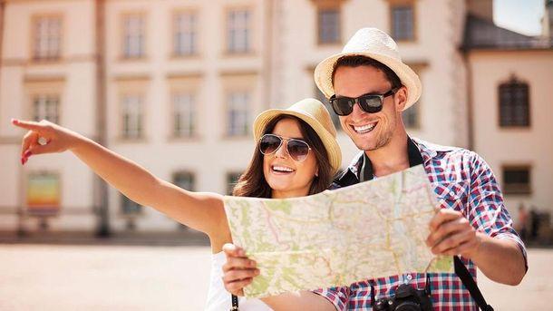 Багато туристів вже визначилися де відпочити влітку. А Ви?