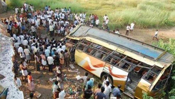 Автобус после аварии