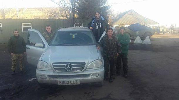 Украинские воины получили новый автомобиль