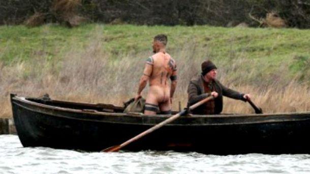 """""""Шалений Макс"""" абсолютно голим знявся у новому фільмі"""