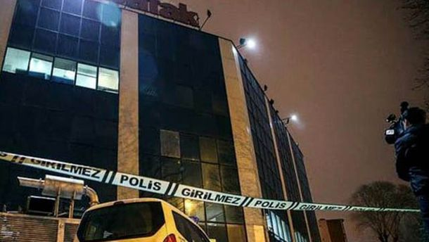Обстреляно здание в Стамбуле