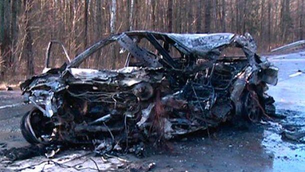 Обгоревшее авто