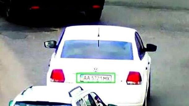 Эту машину разыскивают