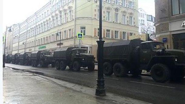 В Москву стянули технику