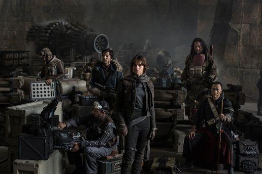 УМережі з'явився видовищний трейлер стрічки «Зоряні війни: Вигнанець»