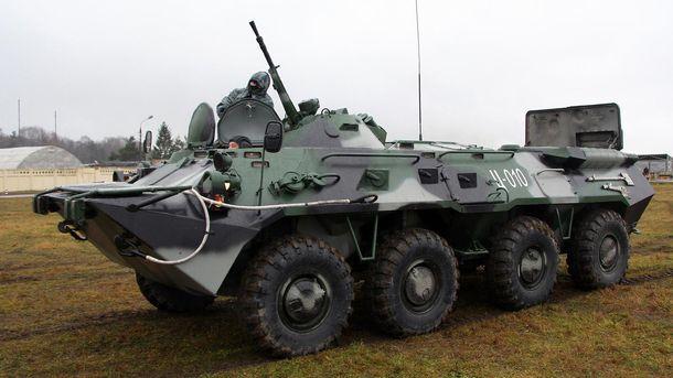 Российские оккупанты воруют друг у друга бронетранспортеры
