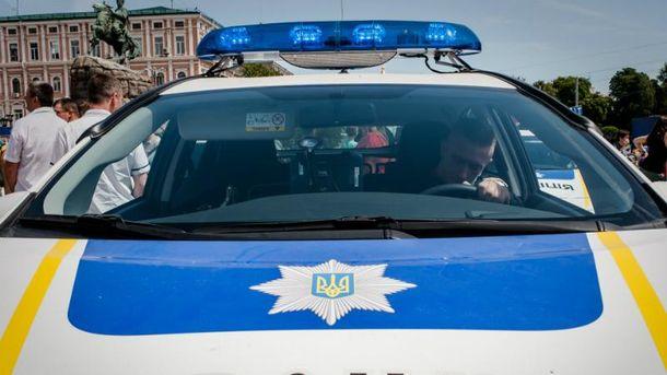 ВКиеве обстреляли наряд милиции - один полицейский ранен вголову