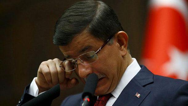 Премьер Турции уходит с должности из-за Эрдогана