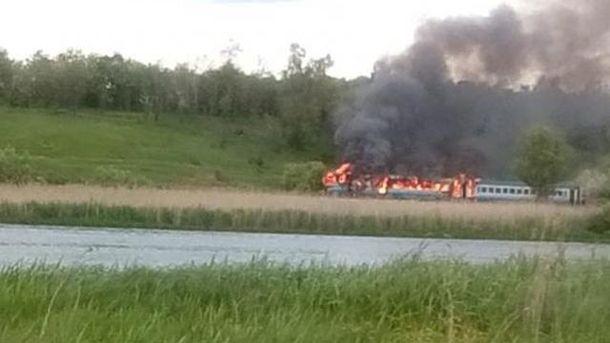 В Винницкой области поезд с сотней пассажиров загорелся во время движения