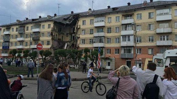 В Росії обвалилась багатоповерхівка: є жертви