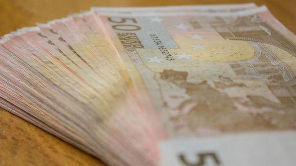 Менять валюту станет легче