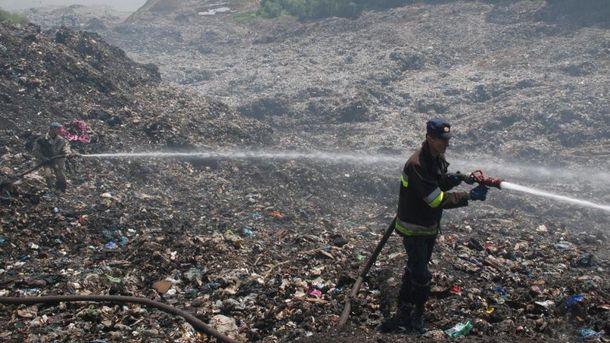 Пожежу на Грибовицькому сміттєзвалищі ліквідовано
