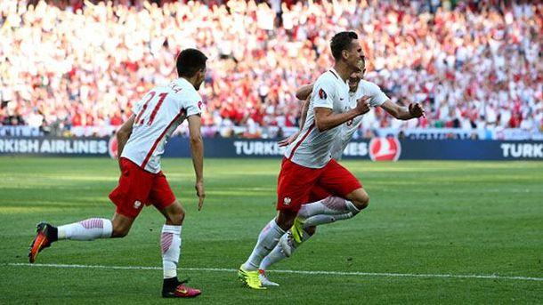 Польша минимально побеждает Северную Ирландию