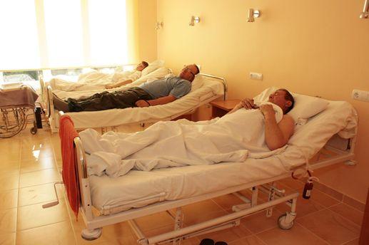 Масове отруєння в Ізмаїлі: у лікарнях досі понад 200 людей
