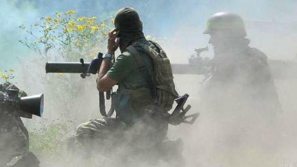 Неменее 20 диверсантов пытались пробиться втыл сил АТО вблизи Троицкого