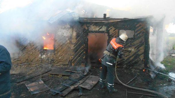 Під час пожежі поблизу Києва загинули матір із 9-літнім сином
