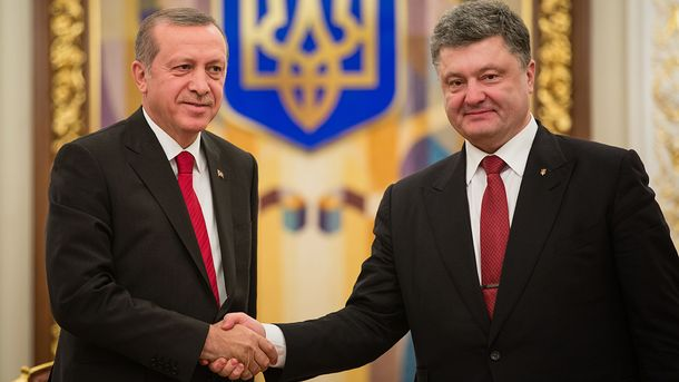 Порошенко поддержал Эрдогана— Переворот вТурции