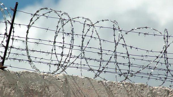 Десятки заключенных убежали изколонии после бунта вКиеве