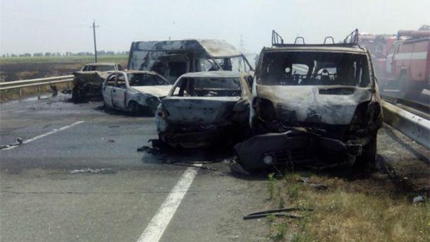 Восемь авто попали вДТП натрассе Одесса-Киев, трое погибших
