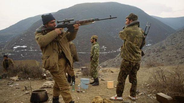 В Нагорном Карабахе снова горячо: ночью возобновились обстрелы