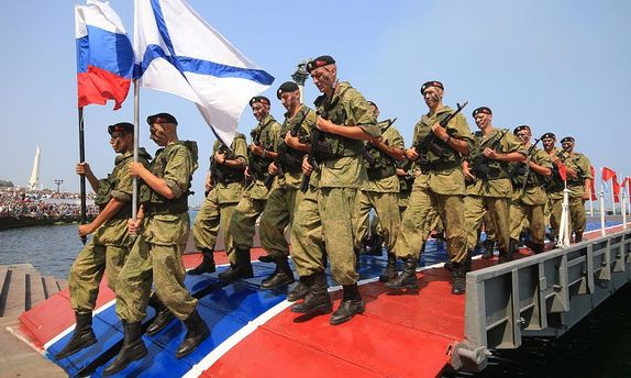 Украинские военные-предатели в Крыму могли бунтовать, – эксперт