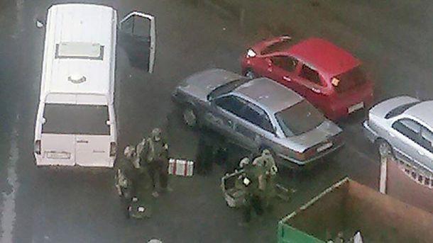 Стрілянина і вибухи у Петербурзі: ФСБ проводить спецоперацію