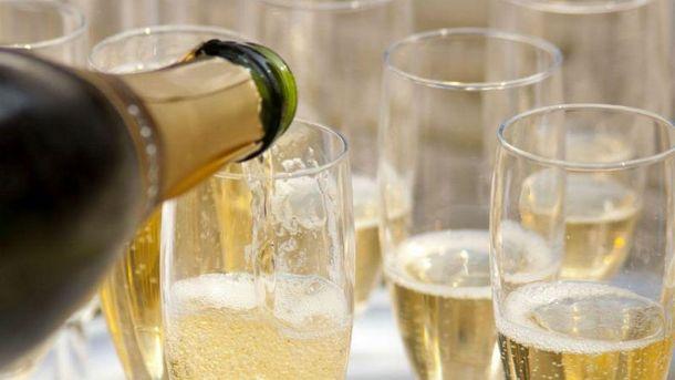 Ученые доказали пользу шампанского