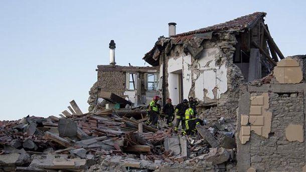 Землетрясение вИталии: Из-под завалов вытянули 10-летнюю девочку