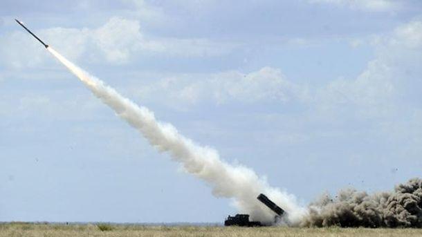 Новая украинская ракета зрелищно рассекла пополам небо: опубликовано видео
