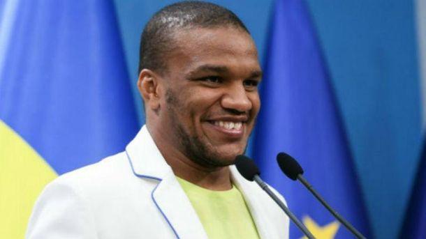 Беленюк дорікнув Порошенкові через бізнес в Росії
