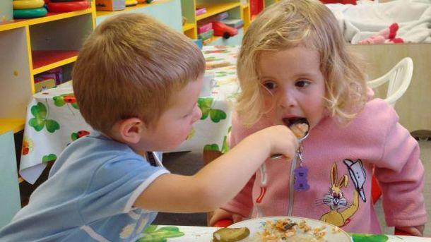 У дитячі садки поставляли небезпечні для здоров'я продукти