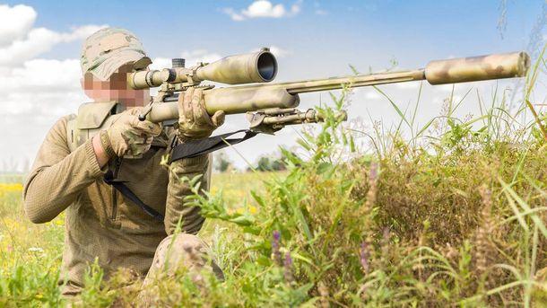 Украинские снайперы получают оборудования с помощью волонтеров