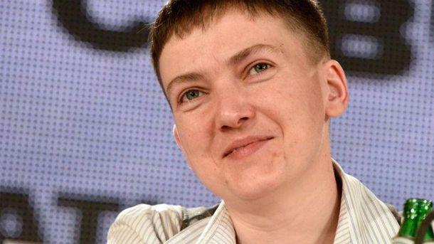 Савченко показала, що може бути жіночною