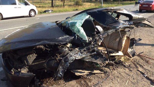 ДТП наЛьвовщине: автомобиль БМВ разорвало пополам