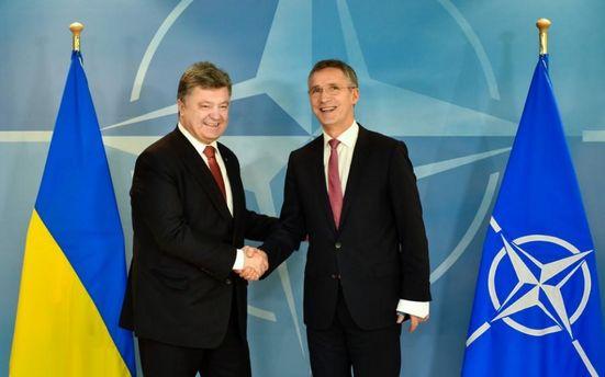 Украина движется в сторону НАТО особым путем