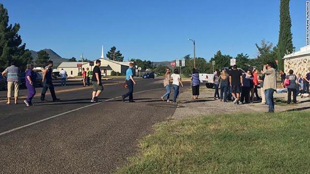 Невідомі відкрили стрілянину у школі Техасу