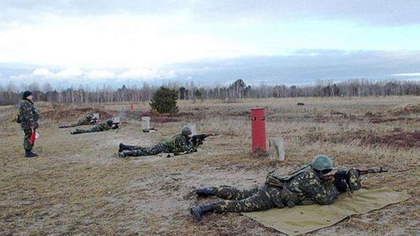 Наполигоне отвзрыва снаряда отгранатомета пострадало 7 солдат