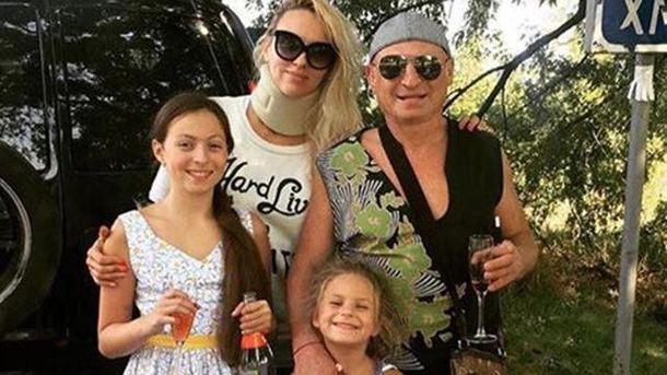 Ольга Полякова с семьей